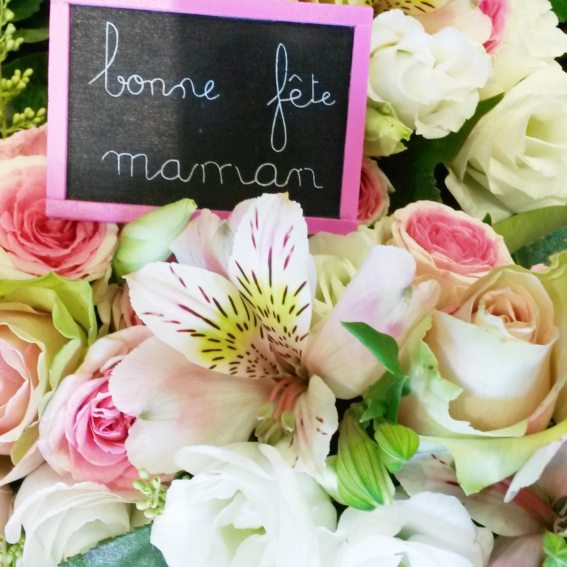 c l brons la f te des m res avec des fleurs fleuriste. Black Bedroom Furniture Sets. Home Design Ideas