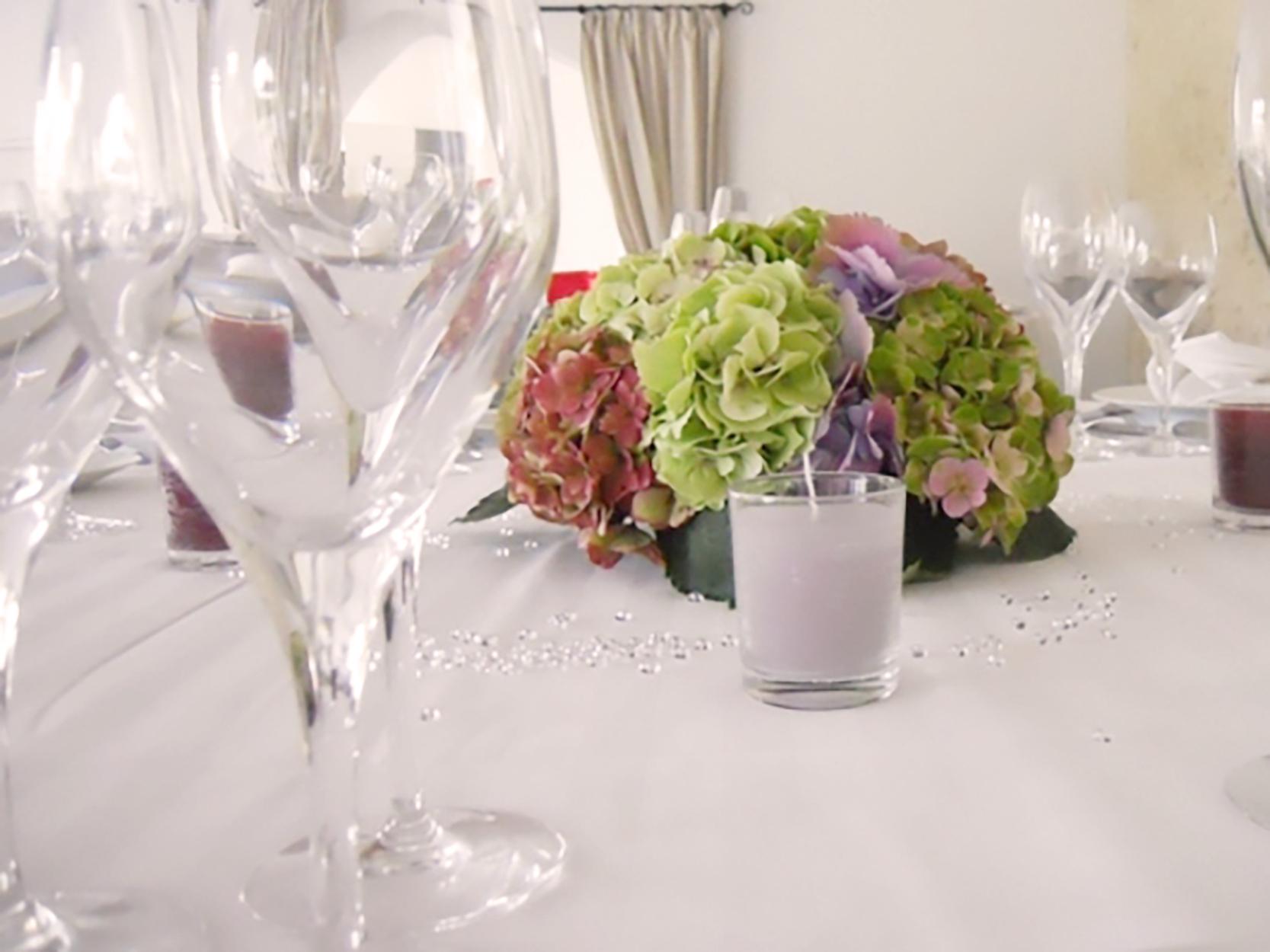 petit centre de table mariage fleuriste bordeaux. Black Bedroom Furniture Sets. Home Design Ideas