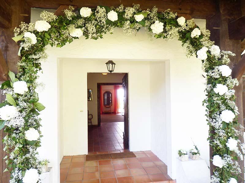 Arche mariage florale fleuriste bordeaux - Decoration arche mariage ...