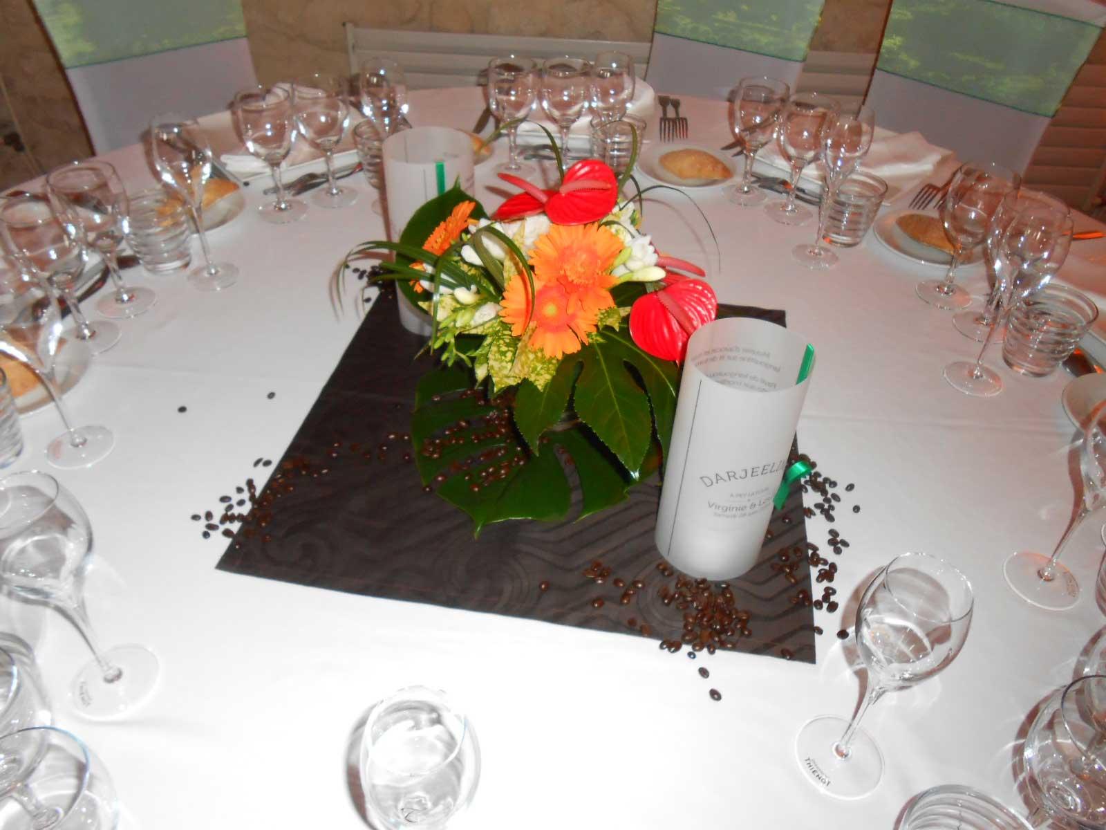 Centre table fleurs mariage fleuriste bordeaux - Deco table fleur ...