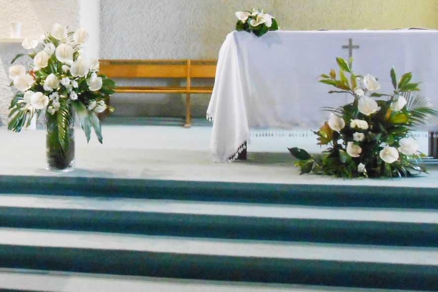 Decoration eglise mariage exotique fleuriste bordeaux - Decoration eglise mariage ...