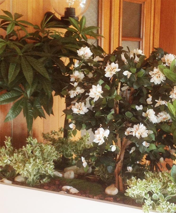 les plantes artificielles fleuriste bordeaux. Black Bedroom Furniture Sets. Home Design Ideas