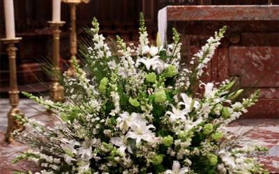 bouquet fleurs eglise enterrement