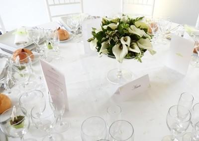 Un type de fleur par table
